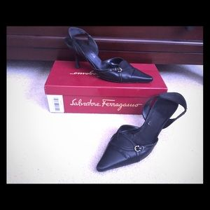 Salvatore Ferragamo leather heels slingback 8.0B